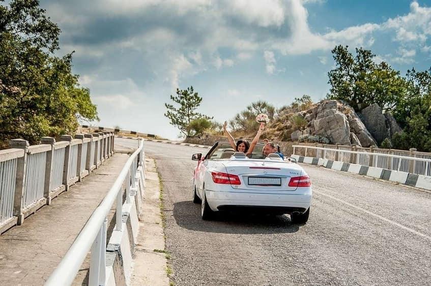 Путешествие на машине - фото