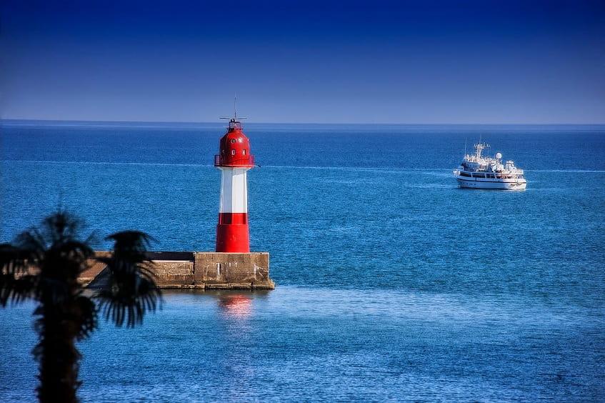 Сочинский маяк - фото