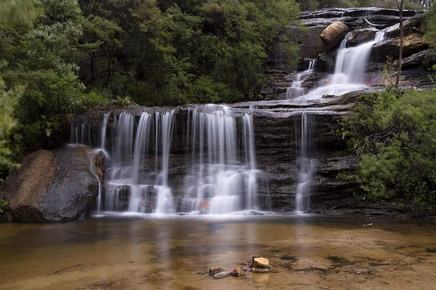 Один из 33 водопадов - фото