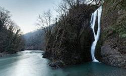 Ореховский водопад зимой - фото