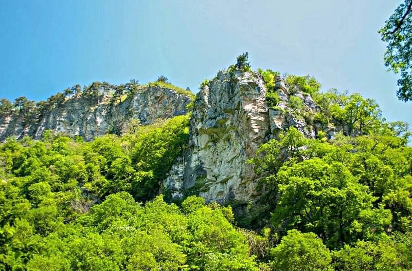 Орлиные скалы - фото