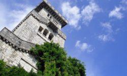 Величие башни - фото