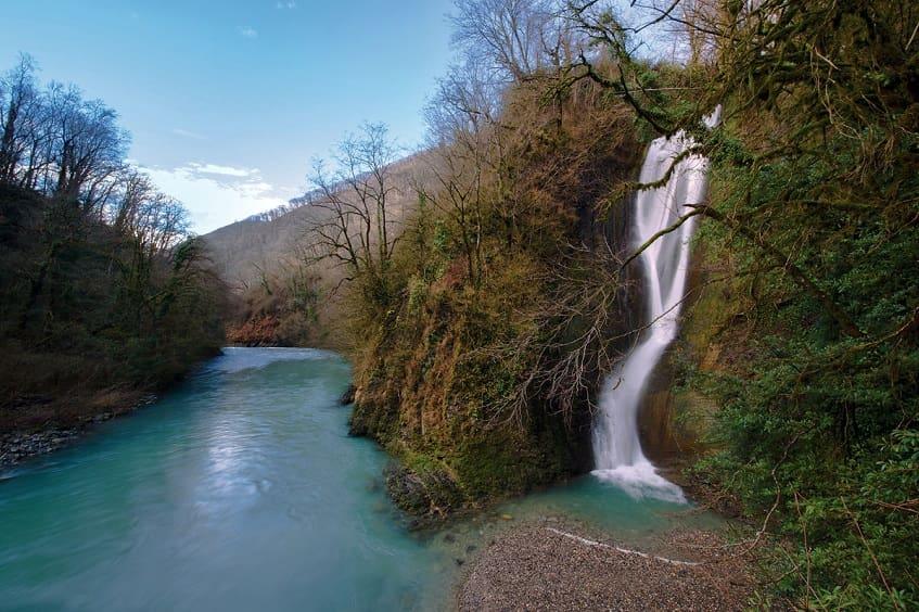 Водопад на Пластунке - фото