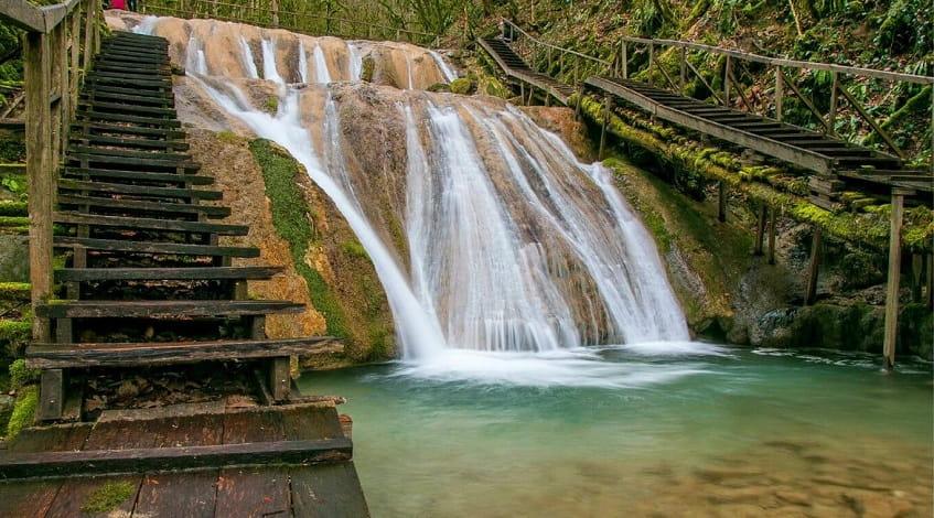 33 водопада - фото