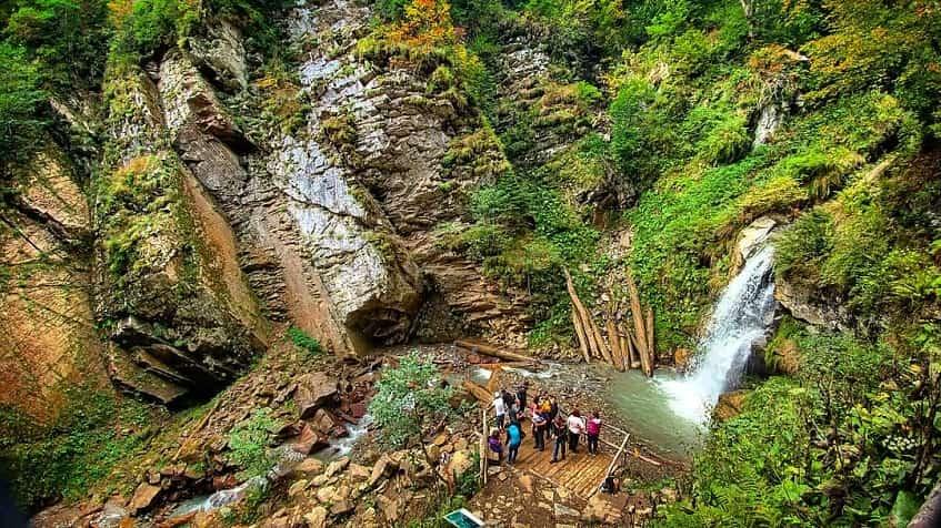 Парк водопадов Менделиха - фото