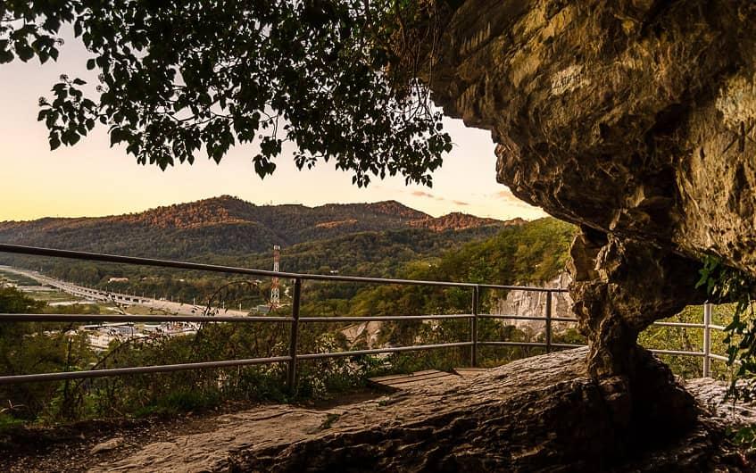 Вид с Ахштырской пещеры - фото