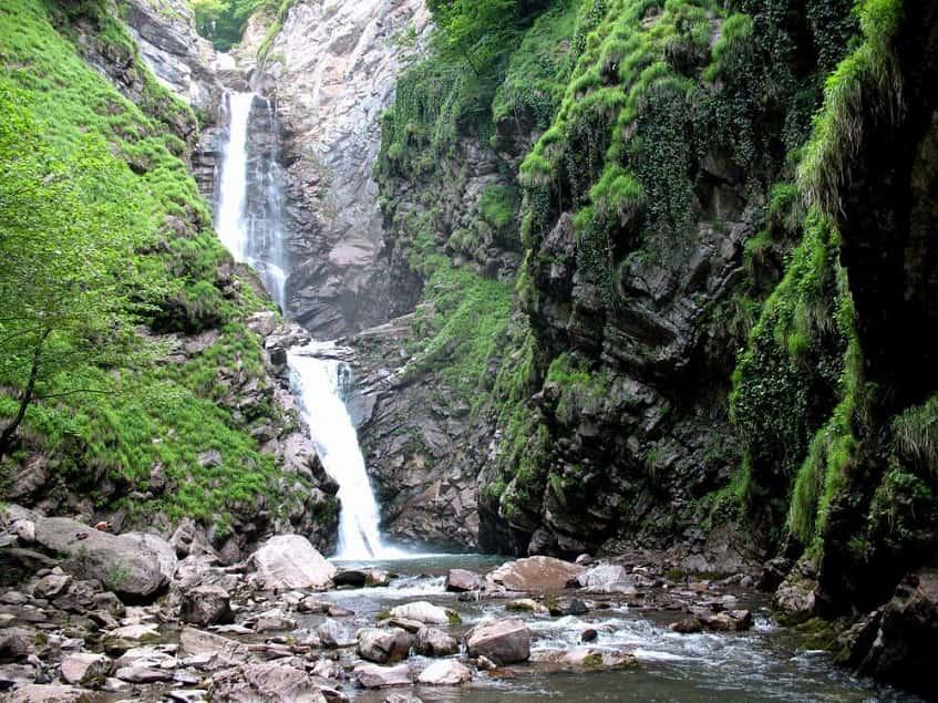 Водопад Безымянный - фото