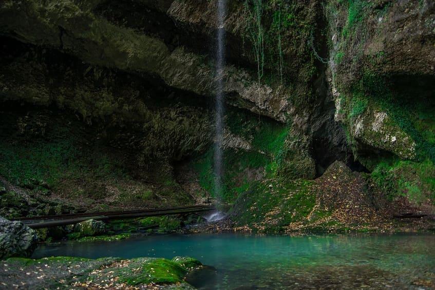 Водопад Глубокий Яр (Пасть Дракона) - фото
