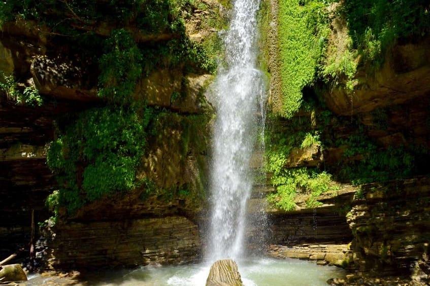 Водопад Игристый - фото