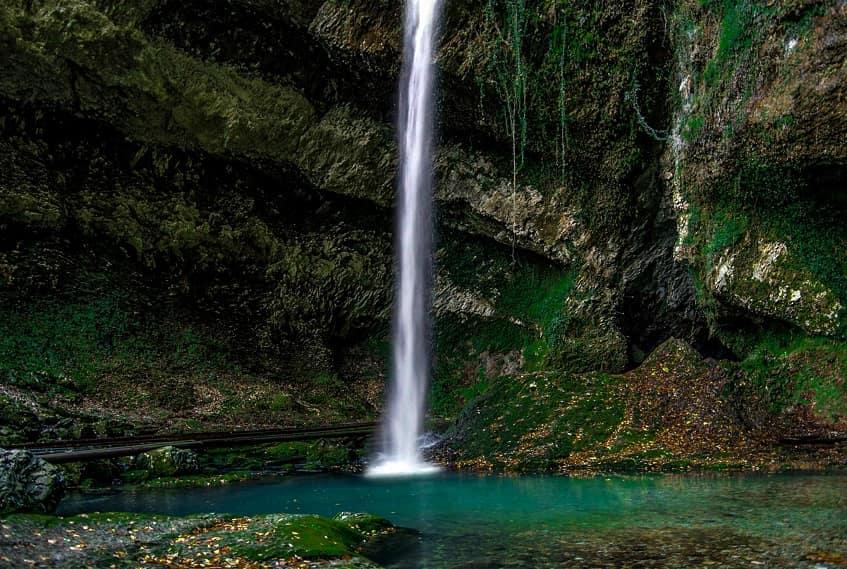 Водопад Пасть Дракона - фото