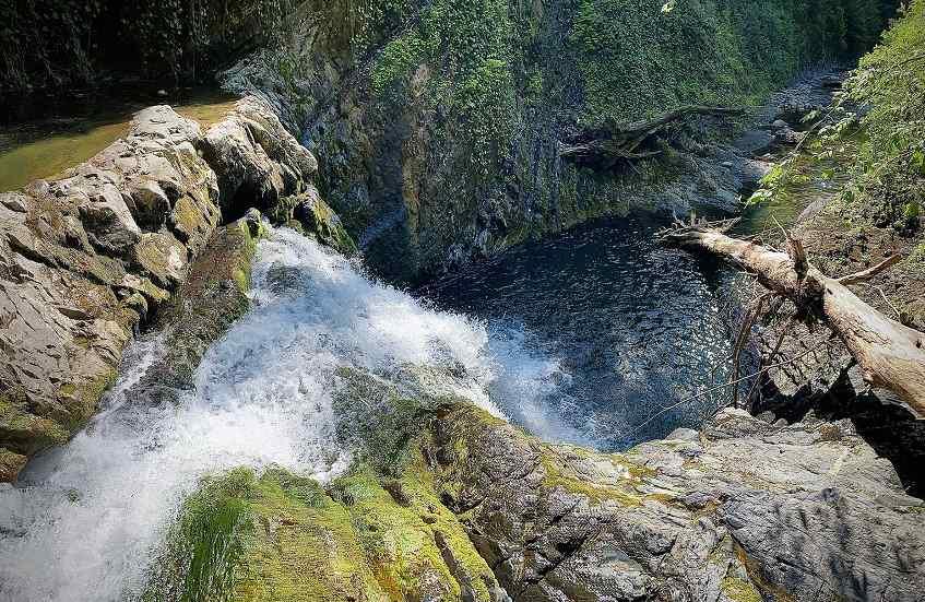 Водопад Софья - фото