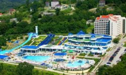 Водно-развлекательный центр на Черноморском побережье - фото