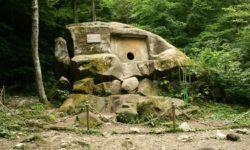 volkonskij-dolmen-v-lazarevskom