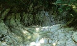 karstovyj-grot