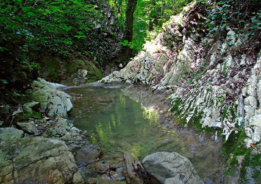 Живописный вид Крабового ущелья - фото