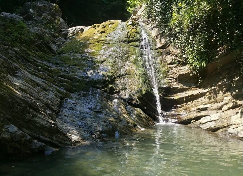 Водопад Тещины слезы - фото