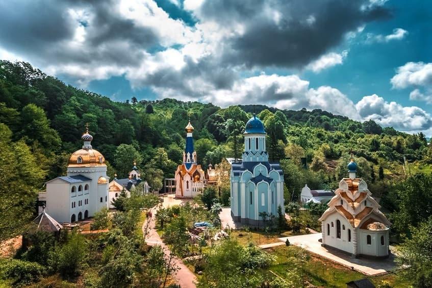 Троице-Георгиевский женский монастырь - фото