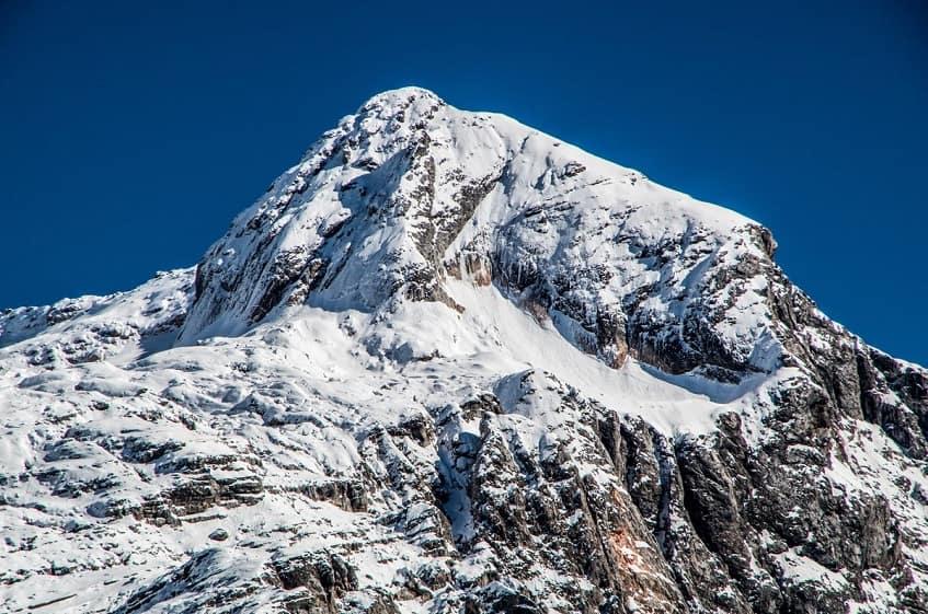 Вершина горы - фото