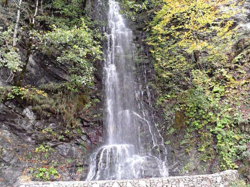 Водопад Девичьи слезы - фото