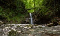 shelkovistyj-vodopad
