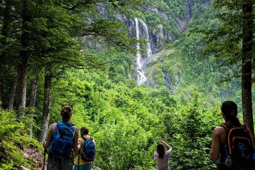 Водопад Штаны - фото