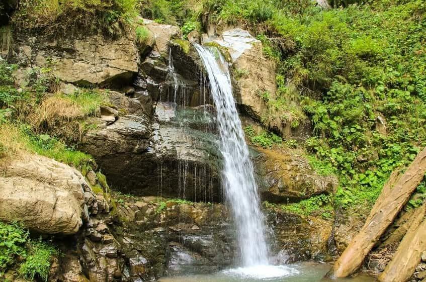 Водопад Чара - фото