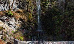 vodopad-osenyu