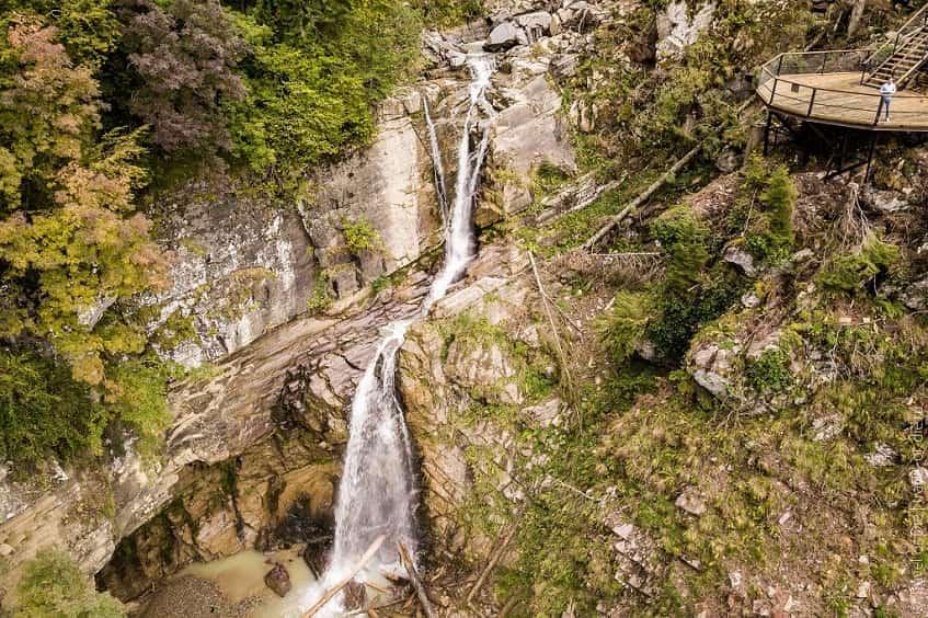 Водопад Золотой - фото
