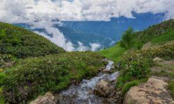 vid-s-verhnej-tochki-vodopada